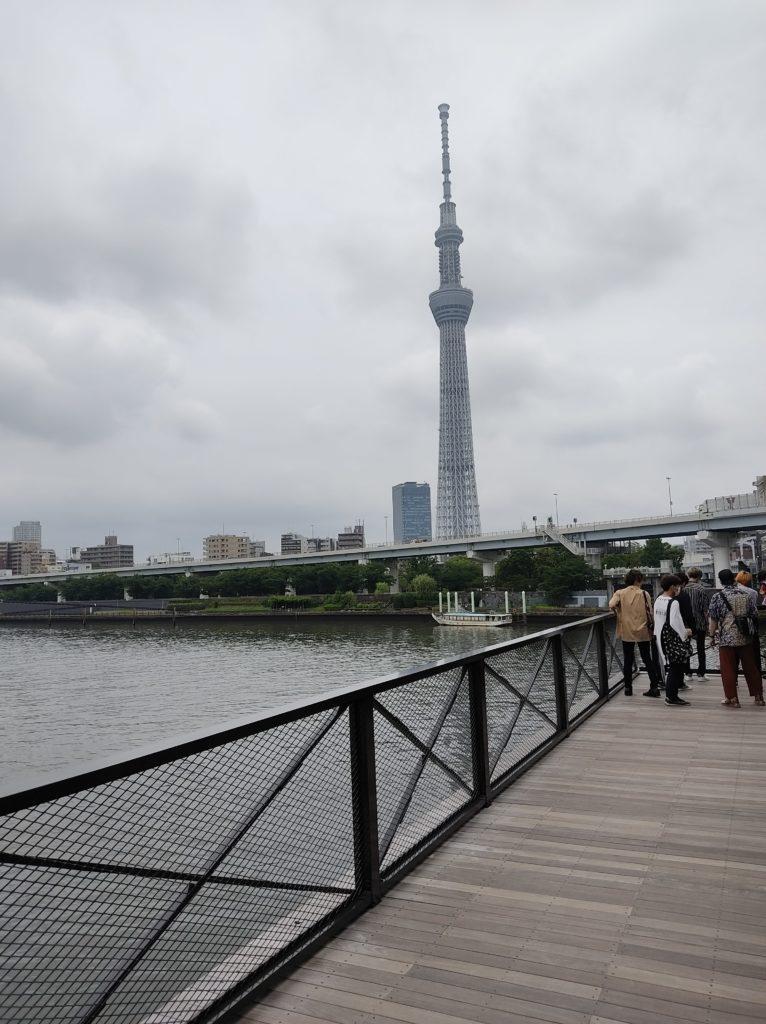 すみだリバーウォークから見た東京スカイツリー