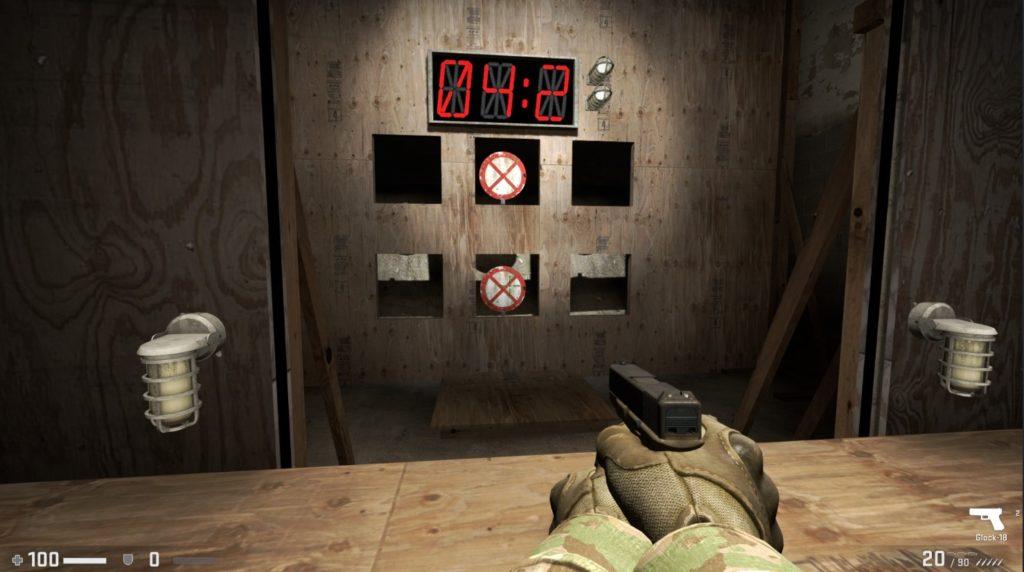 射撃の練習場面。制限時間と的が2つ見える。
