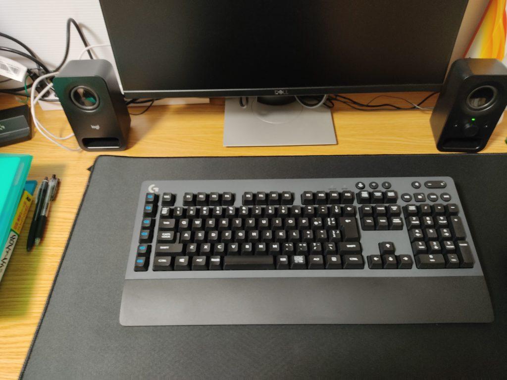 ロジクールメカニカルキーボードG613本体。