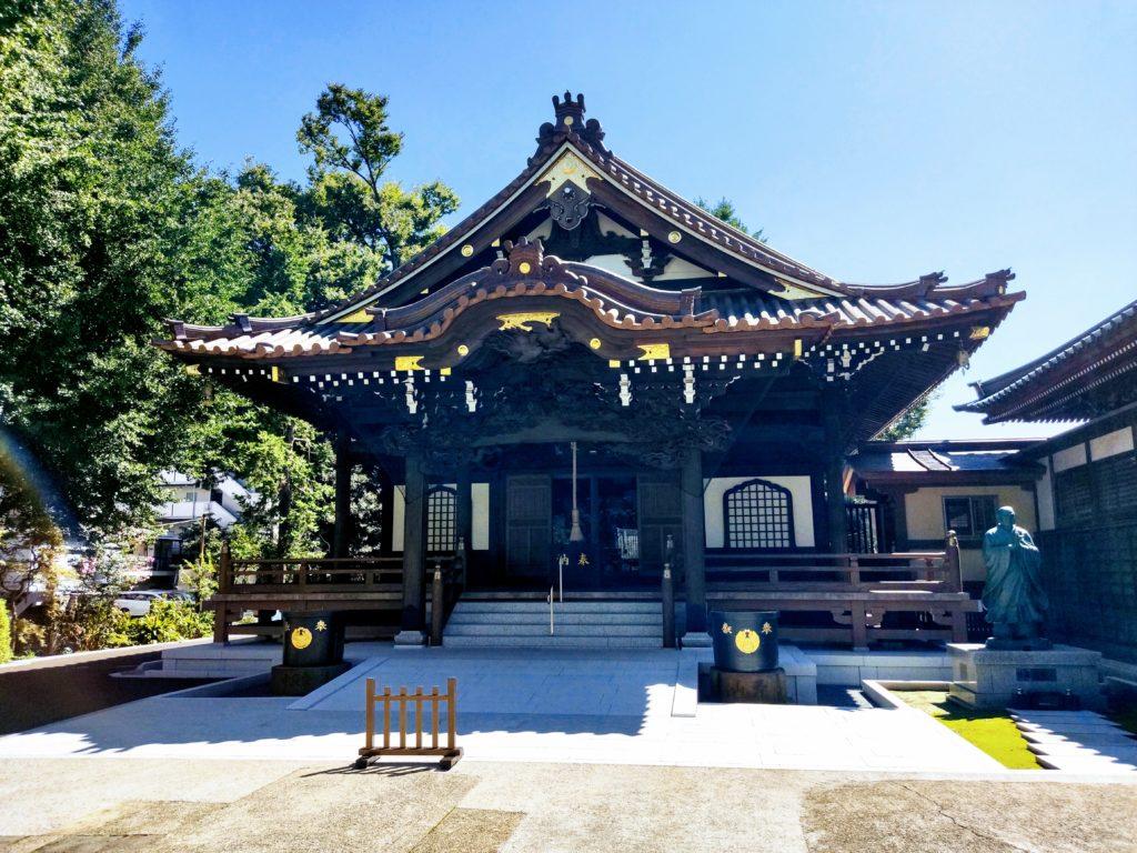 正覚寺本堂。