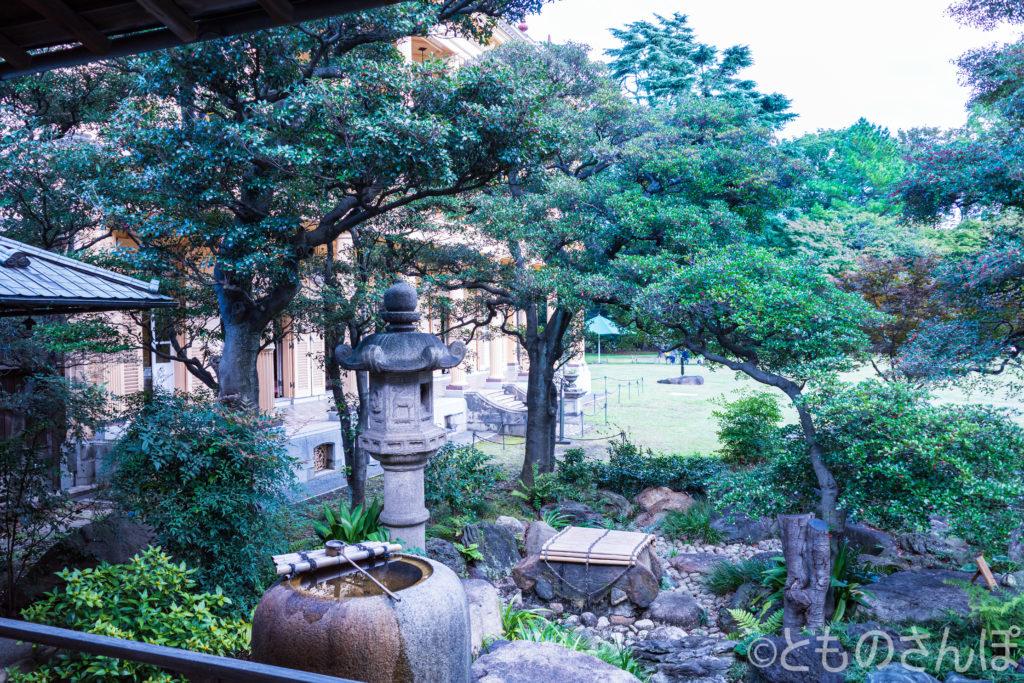 旧岩崎邸・和館。庭園。