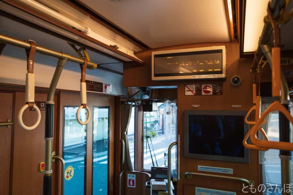 都電荒川線(東京さくらトラム)、車内の様子。