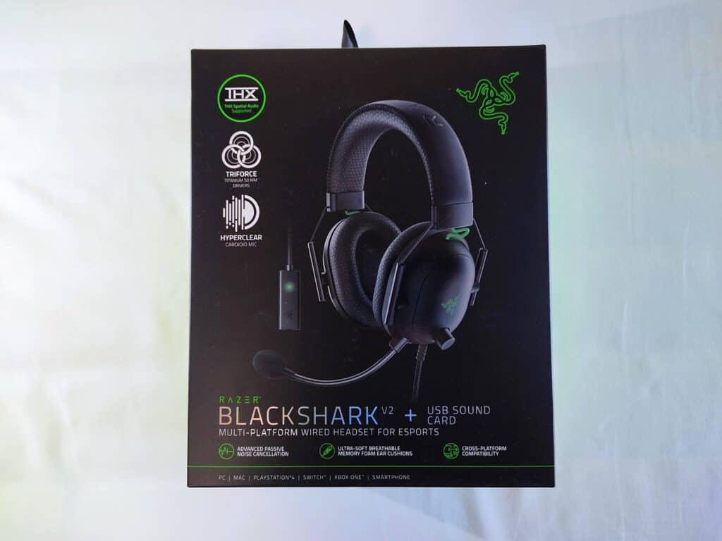 「Razer BlackShark V2」の化粧箱。