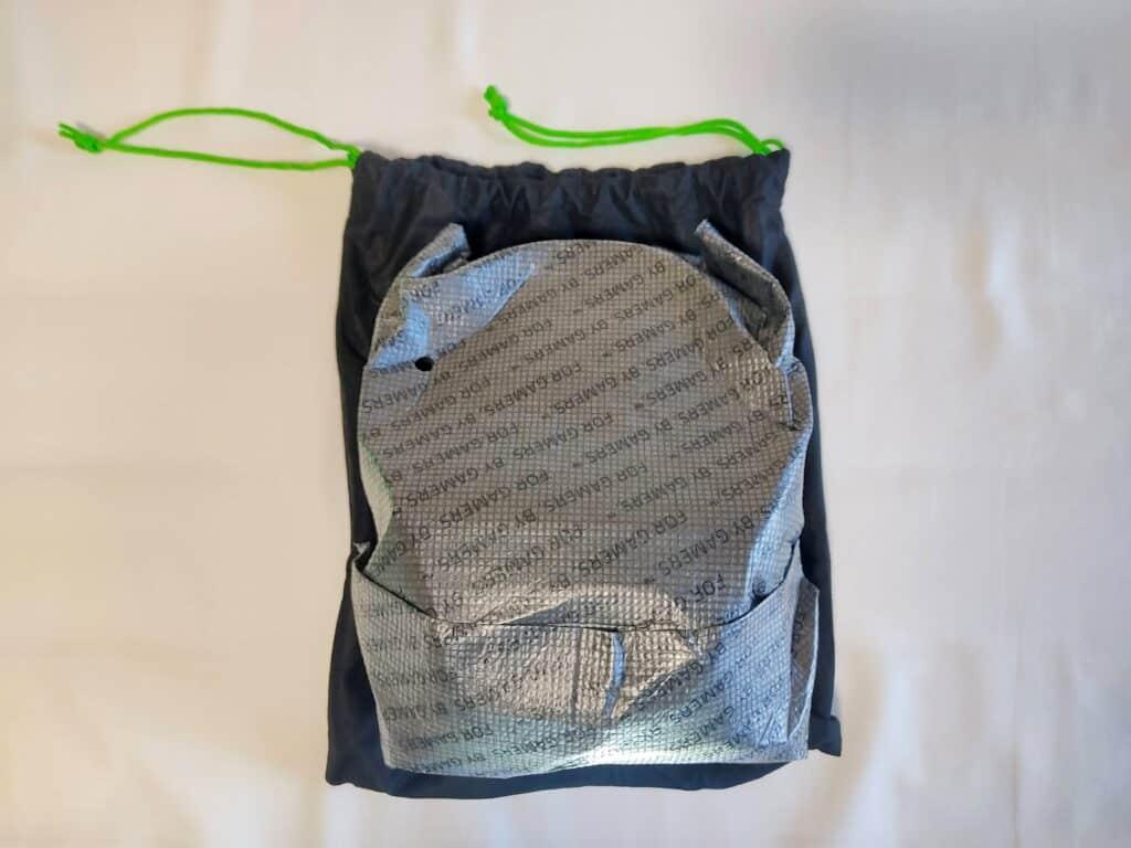 「Razer BlackShark V2」、巾着袋の中身