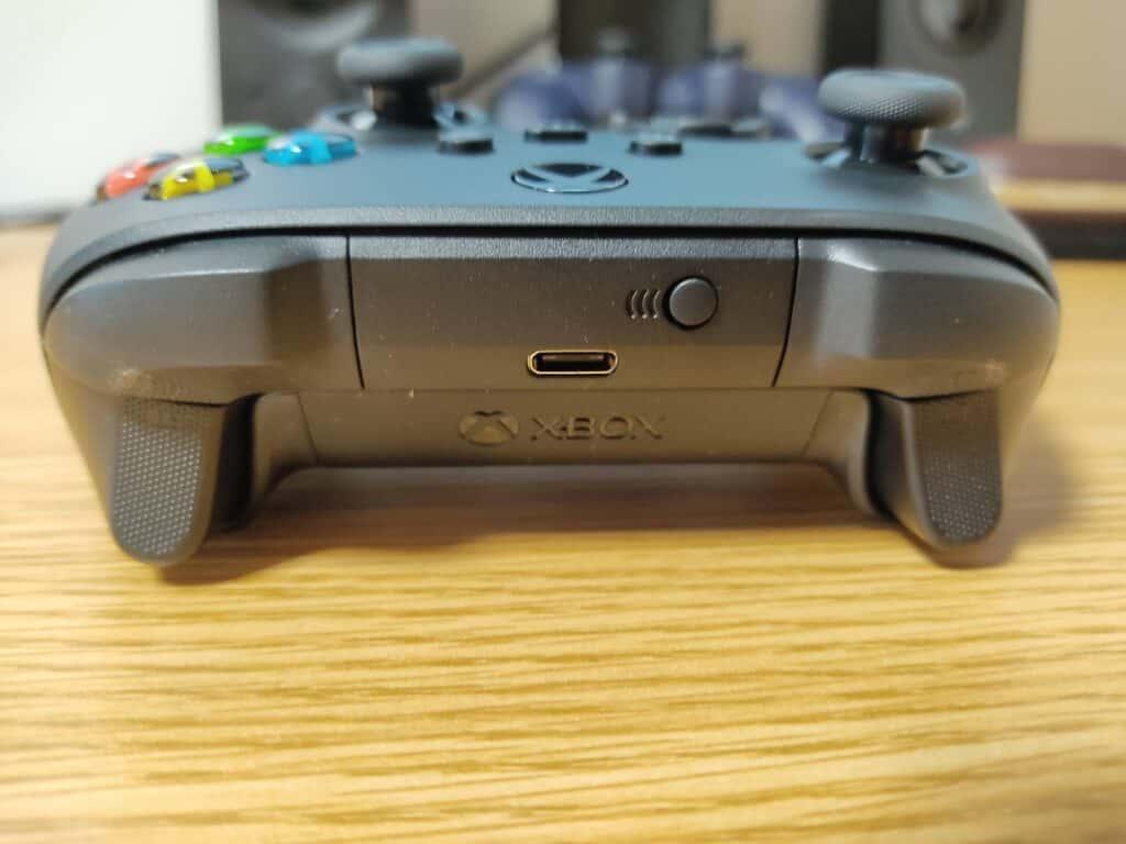 マイクロソフト「Xbox ワイヤレス コントローラー 」のUSB Type-C接続端子