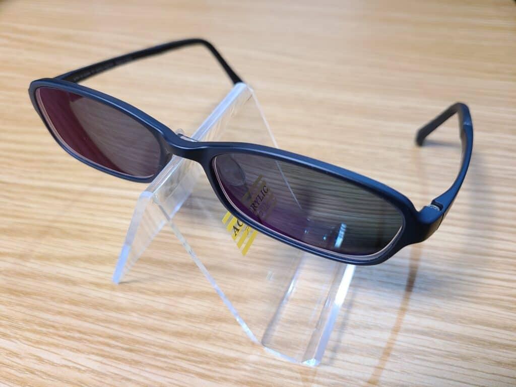 JINSで購入したカラーレンズのメガネ