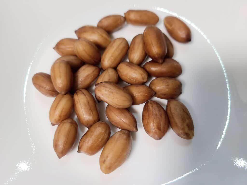 カモ井「ゆでピーナッツしょうゆ味」